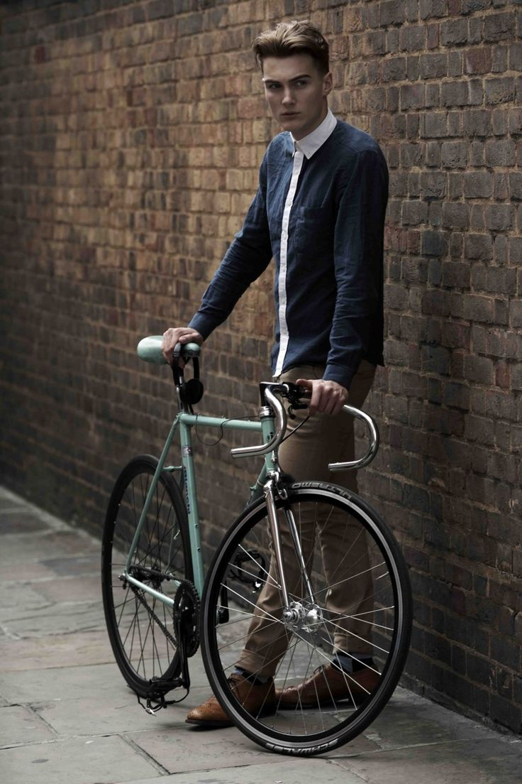 Mod style | Photographer: Horst FriedrichsFriedrich Holy, Mod Style, Men Fashion, Casual Looks, Bicycles Man, Holy Bajoli, Horst Friedrich