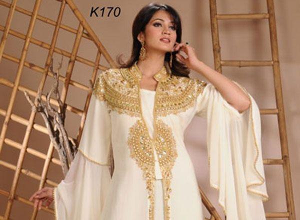 17 meilleures id es propos de robe arabe sur pinterest robes de bal vintage robes l gantes. Black Bedroom Furniture Sets. Home Design Ideas