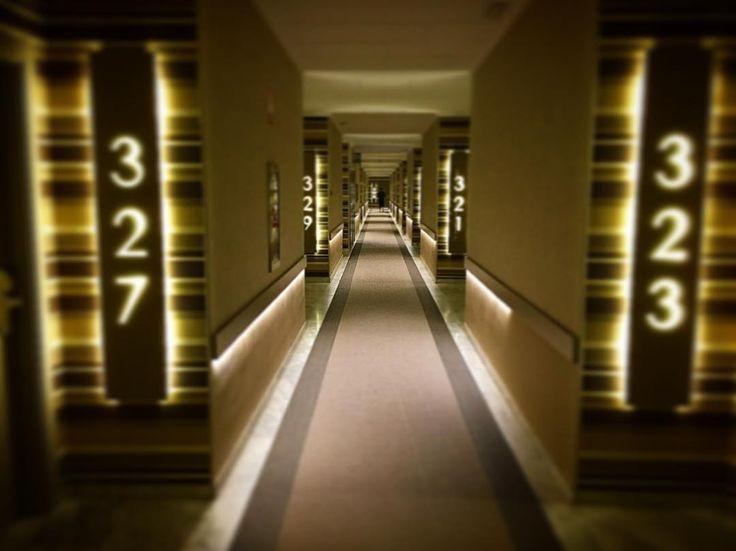 """Como """"El Resplandor"""" pero en moderno. #Hoteles de verano en invierno..."""