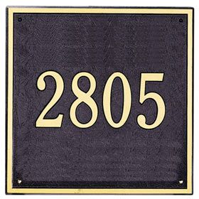 Finally found a good address plate for the house - mailbox works