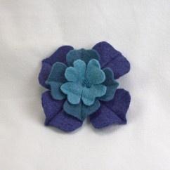 Mavi Lacivert Keçe Çiçek Broş - #tasarim #tarz #mavi #rengi #moda #hediye #ozel #nishmoda #blue #colored #design #designer #fashion #trend #gift
