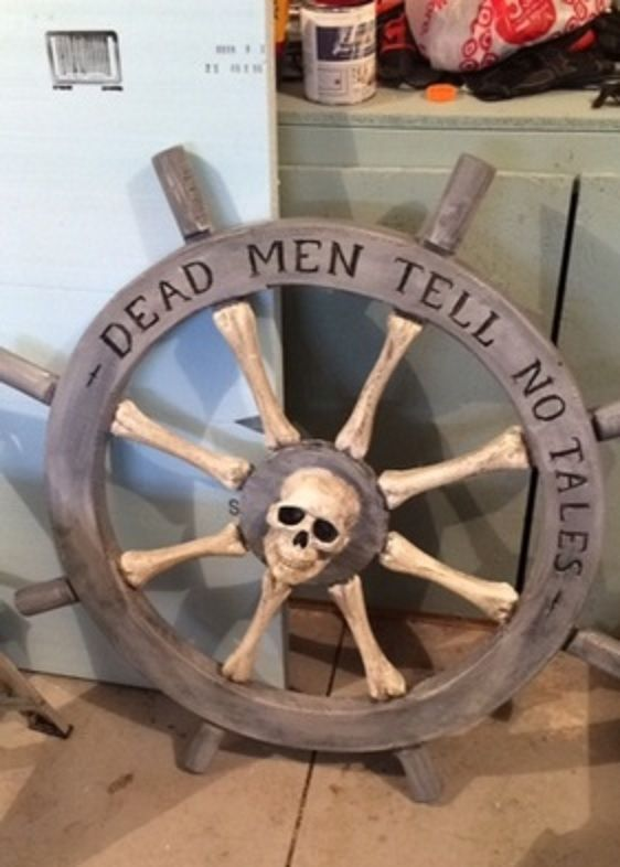 diy pirate ship wheel tutorial - Pirate Halloween Decorations