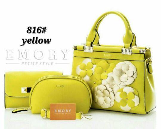 Hadirnya Warna baru untuk desain tas Emory Motif Bunga Terbaru yang tampil dengan warna-warna cerah disambut istimewa oleh para penggemar tas Emory series.