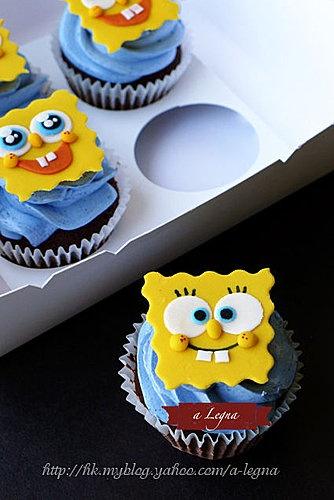 sponge bob cupcakes, see more:  http://www.facebook.com/notes/a-legna-pâtisseries/訂製-sponge-bob-cupcakes/207789142569168