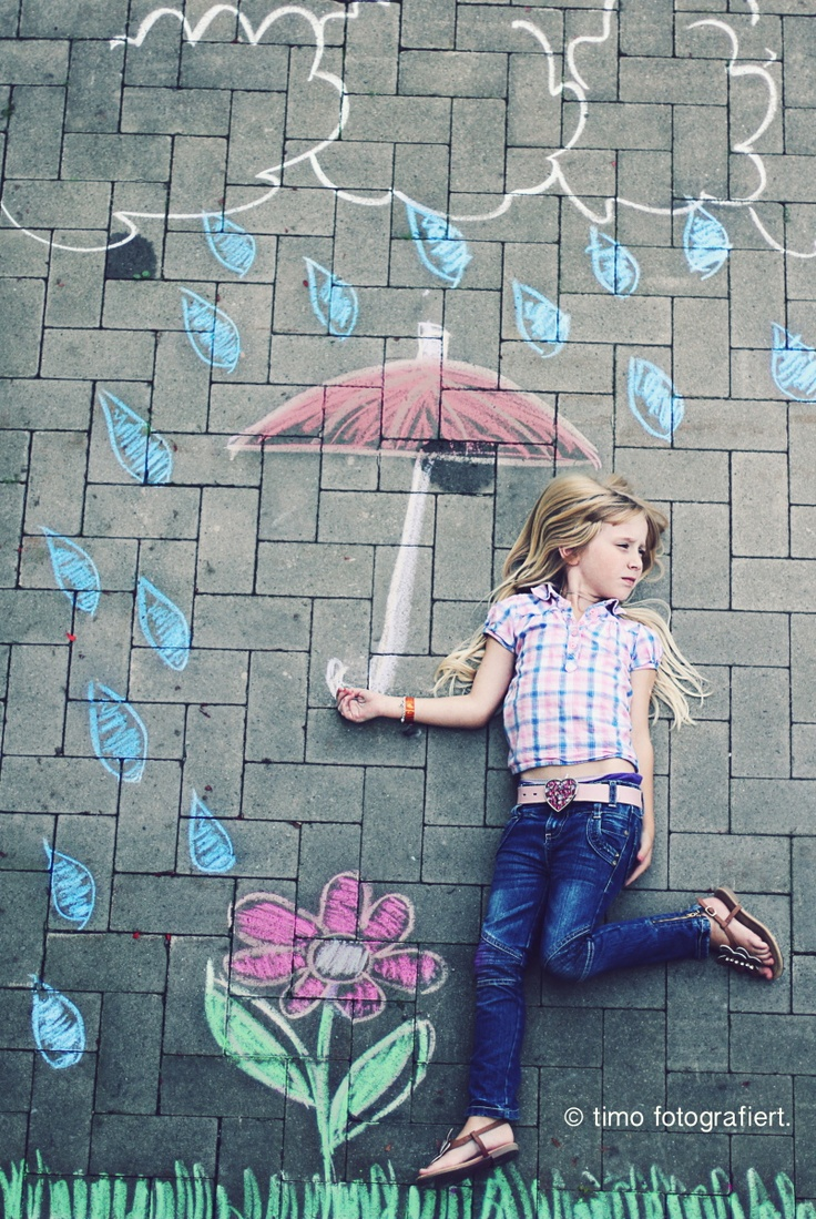 rainy girl photo creative chalk