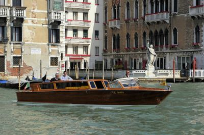 Getting from Venice Marco Polo Airport to Venice (and Vice Versa) | Italy Travel Guide