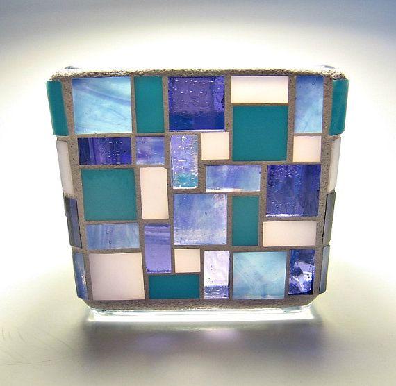 Vidrio mosaico vela votiva titular azul y púrpura