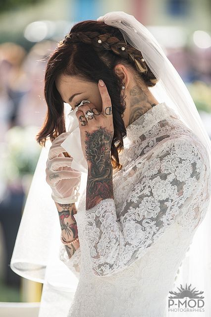 Tattooed brides are beautiful, too.
