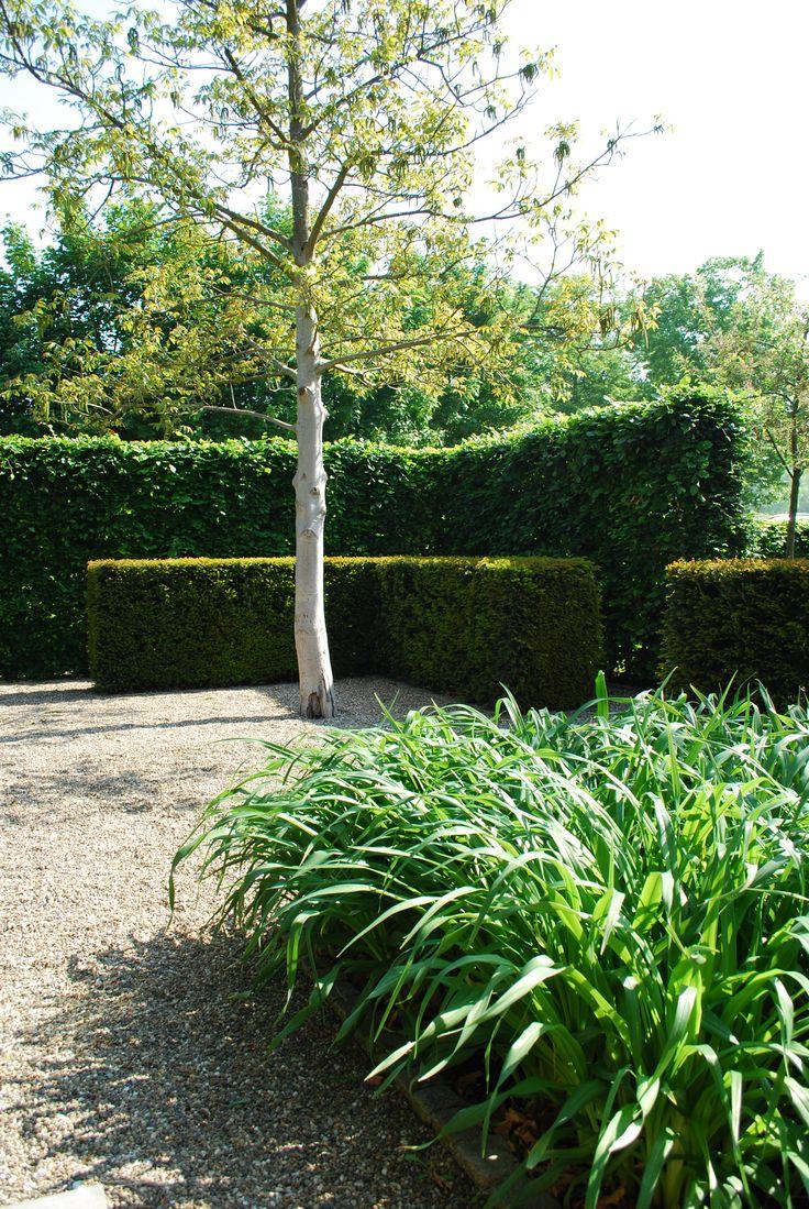 Green garden by Buro Buitenom