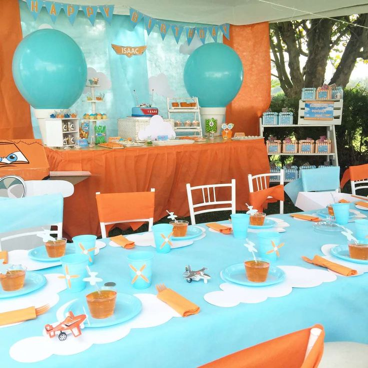 Isaac planes party | CatchMyParty.com