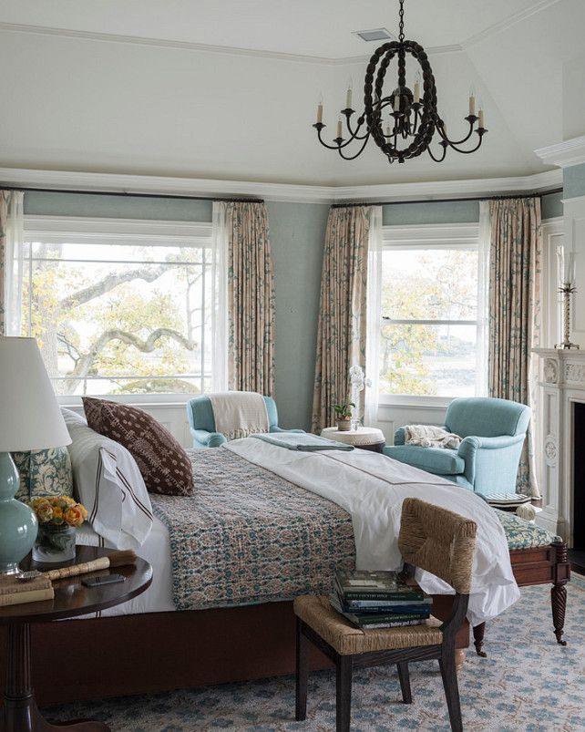Traditional Bedroom Ideas. Tradional Bedroom Design. Bedroom Paint Color. #Bedroom #MasterBedroom #TraditionalBedroomDesign