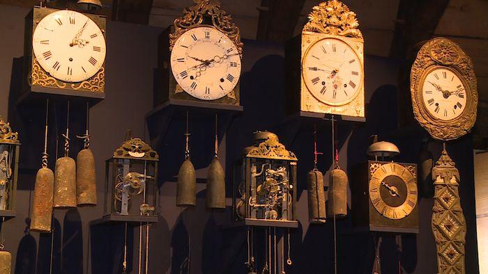 """Revoir en replay et en streaming """"Artisanat : l'horloge comtoise, une belle histoire du temps"""" - Météo à la carte - France 3"""