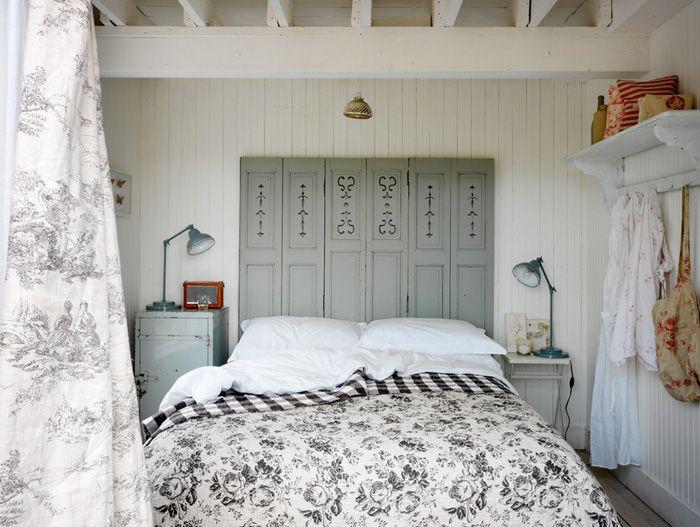 11 маленьких хитростей, которые помогут сэкономить место в спальне | IVOREE