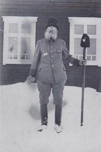 Ähtärin historiaa - Riikku-Heikki oli pitäjän tunnettu saarnamies, jota vieläkin muistellaan.