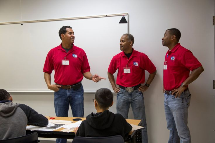 Mile High Flight inspires high schoolers to pursue aviation careers - The Denver Post