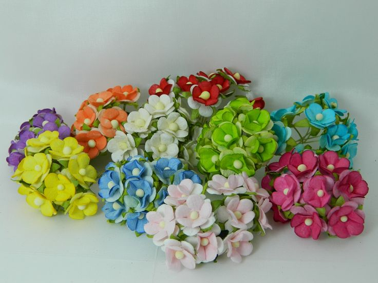 Sweetheart Blossoms Mixed Colours Paper Flowers 15mm (20pk)