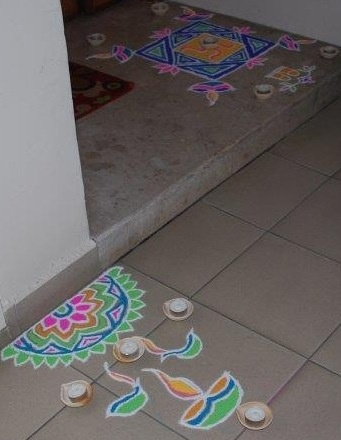 rangoli design - simple and pretty
