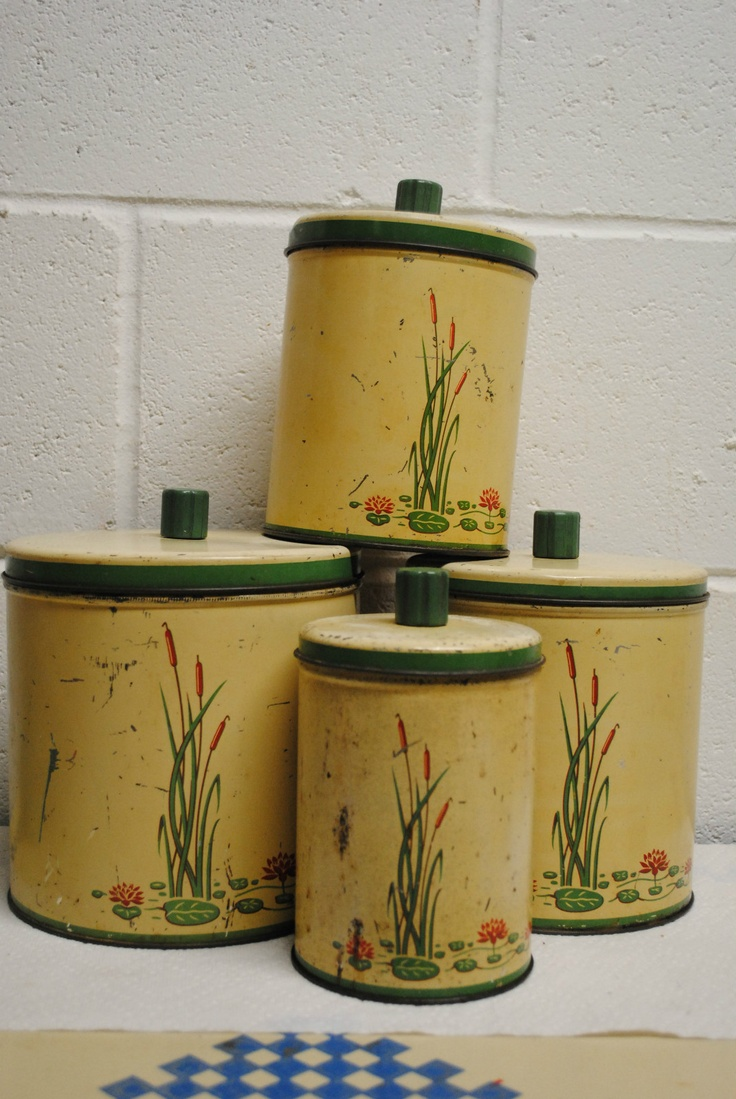 Vintage kitchenware - Vintage Metal Kitchen Canisters Set Of 4 Cattails And Lillypads Ebay