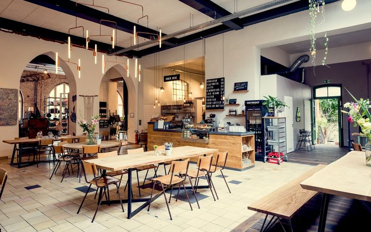 Hallesches Haus is a general store, lunchroom and event space situated in the historic Postamt 61 in Kreuzberg, Berlin.
