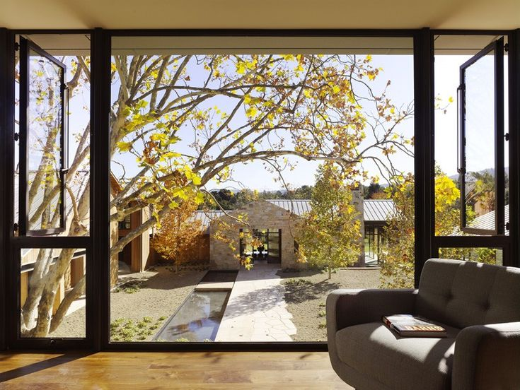 A Tranquil Home That Unites With The Natural Beauty Of The Site