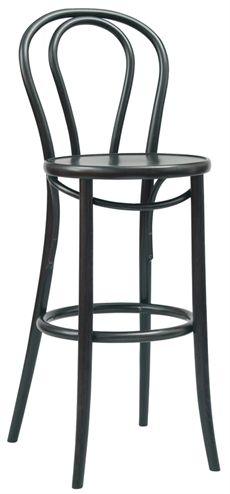 No 18 från Ton är en klassisk serie som även finns som stol. Barstolen kan väljas helt i trä eller där sitsen är klädd. Flera olika träfärger och klädselval finns vid klädd sits. #barstolar #dialoginterior