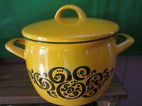 Vintage Retro Finland Finel Enamel Lidded Pot