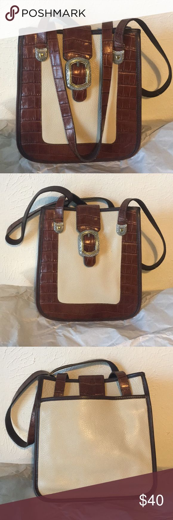 """Brighton Purse Brighton Purse in perfect condition! Measurements are 11"""" x 9&3/4"""" with about 13"""" handle drop and comes with garment bag! Brighton Bags Shoulder Bags"""