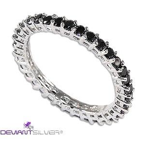 Gioiello anello fedina in argento 925 con zirconi graffati neri a tuttogiro.  Jewelry wedding ring 925 sterling silver with cubic zirconia stapled blacks.  http://www.deviantsilver.com/lovely-black-fedina-argento-925-gioiello-con-zirconi-graffati-neri-p-300.html