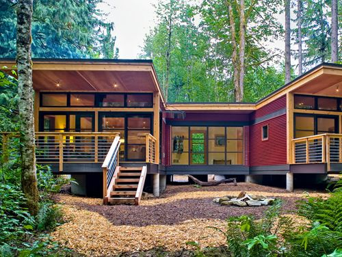 Method Homes This company offers unlimited customization in terms of size and layout. You can also choose from sustainable building options, including a rainwater harvesting system.  Read more: http://www.purewow.com/slideshow/national/6145#slideNum=6#ixzz2VwIWmuvu