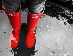 Red Hunter gumboots - the best way to cheer up a rainy day #boots #hunter #red