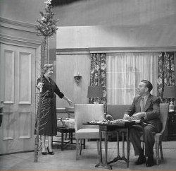george burns show | ... Sitcoms » 1950s Sitcoms » George Burns and Gracie Allen Show, The