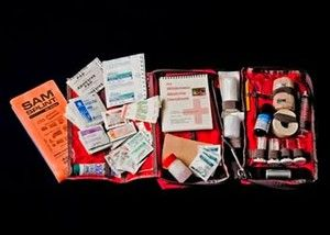 BUILDING A FIRST AID KIT FOR HIKING.