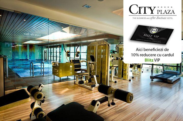 """Refresh your body and mind! După o săptămână lungă și încărcată o vizită la SPA este binevenită deoarece aceasta îți pregătește corpul pentru noi provocări!  Fie că alegi să te relaxezi la piscină saună jacuzzi sau că optezi pentru a face fitness pentru orice serviciu din cadrul hotelului City Plaza Hotel - Cluj Napoca beneficiezi de 10% discount cu cardul tău.  Detalii pe www.blitz.ro/vip la categoria """"hoteluri""""."""