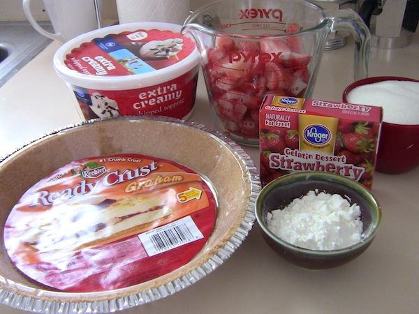 Strawberry Jello Pie Ingrededients