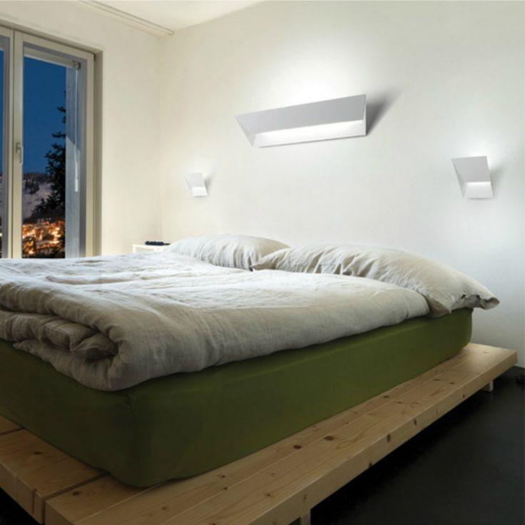 C'è posta per te! 😂😂 Una lampada disponibile in diversi modelli nella simpatica forma di una mail, uou! 😮