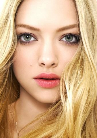 Amanda Seyfried #11- She is one of the top current actresses in Hollywood. Her unique look and talent make her super sexy. She will  be considered one of the Classic Beauties of our time. #springcolor
