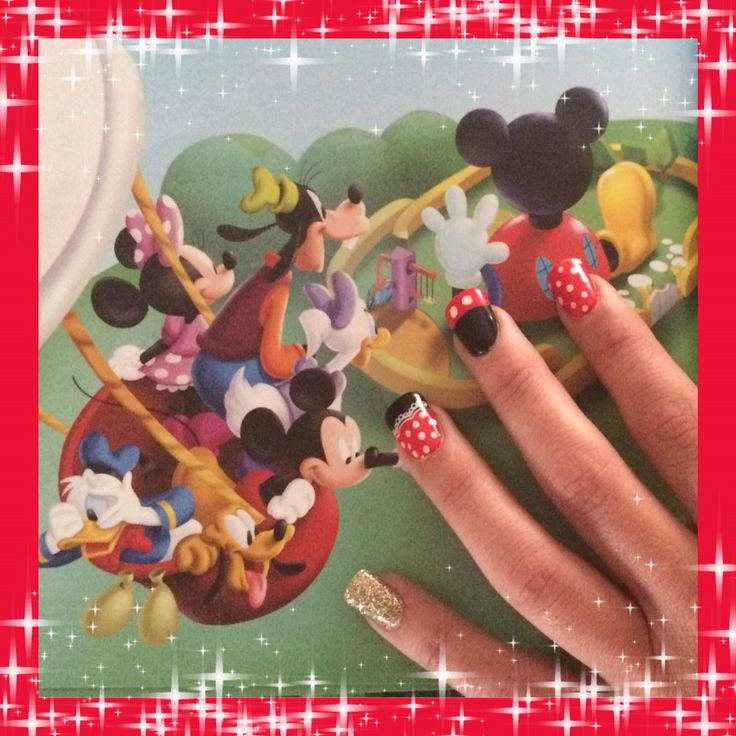 Micky and Mini mouse nail art
