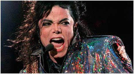 """Sony Corp.достигла соглашения связанного с именем Майкла Джексона, по приобретению интерес покойного музыкальной звезды в их совместном музыкальном бизнесе за $ 750 миллионов. Главным условием сделки для Sony, является цена: $ 733 млн за 50% акций Джексона в Sony / ATV Music Publishing, а также ранее объявленных распределений, что, в общем составит $ 750 млн. Глава Sony Corp. Каз Хираи подтвердил намерения компании Sony. Он говорит: """"Развлекательные мероприятия уже давно, являются основным…"""
