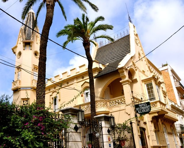 38 best sitges ruta tur stica casas singulares del centro images on pinterest sitges mansions - Arquitecto sitges ...