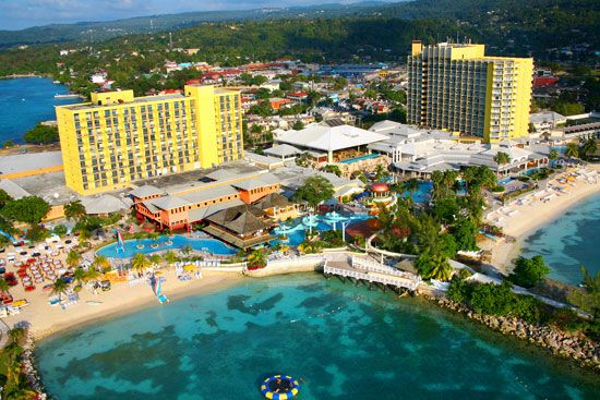 Save up to 50% Plus Kids Stay FREE at Sunset Jamaica Grande Resort and Spa - All-Inclusive