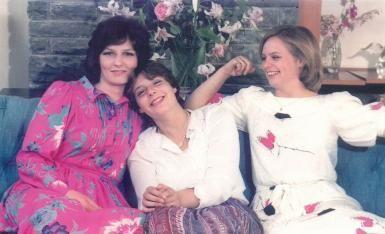 Principesa Margareta cu principesele Sofia si Maria.