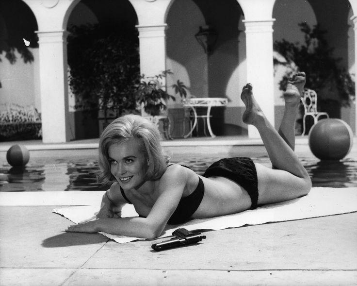 Shirley Eaton in 'The Girl Hunters' (1963)