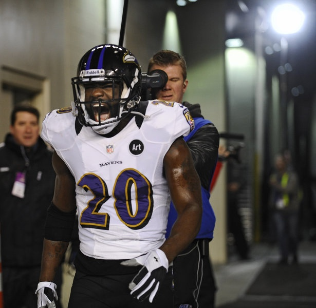 Ravens safety Ed Reed comes out of the tunnel at Gillette Stadium.
