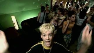 Day 19- The first song on my ipod, Aaron's Party by Aaron Carter. 90s :)