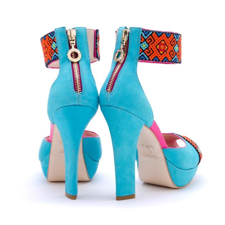 Gorgeous Mexican Designs  DI0248 Huichol Dione