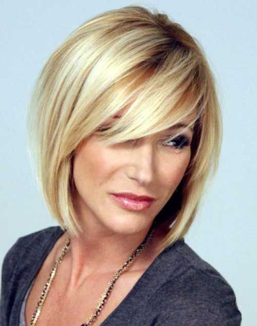35   New Short Hair With Bangs | http://www.short-hairstyles.co/35-new-short-hair-with-bangs.html