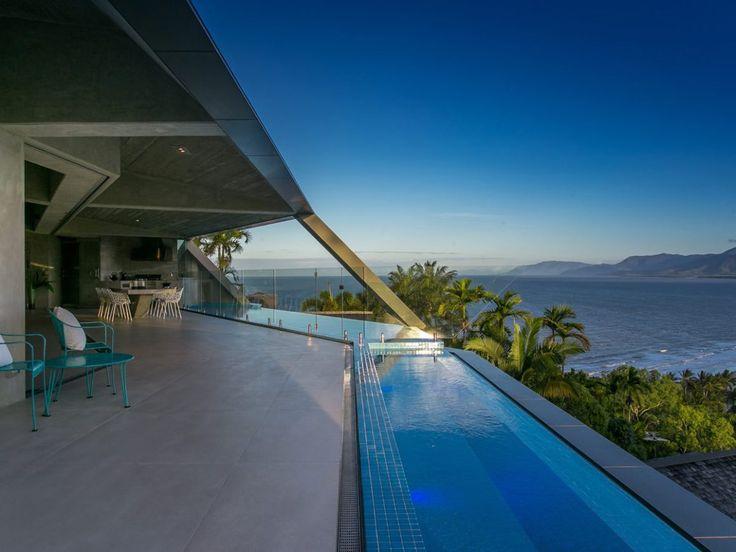 Les 25 meilleures idées concernant margelle piscine grise sur ...