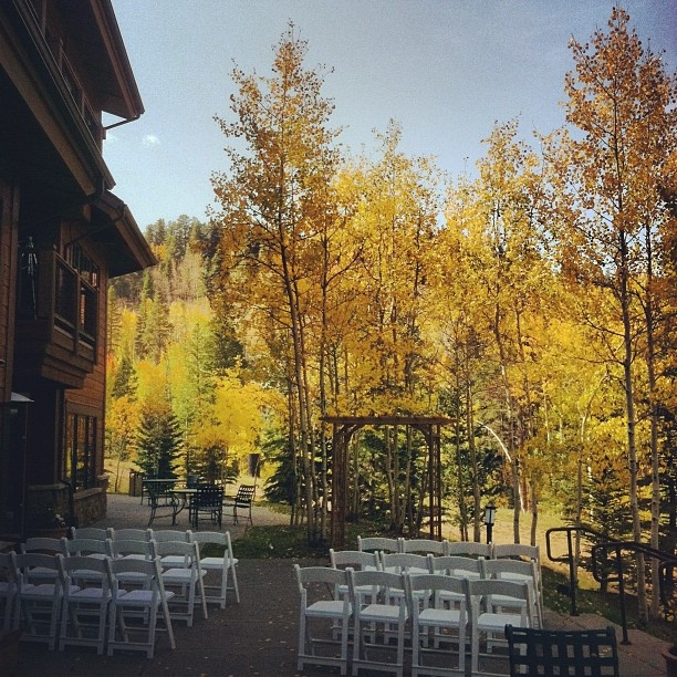 Outside Wedding With Fall Colors At The Mountain Thunder Lodge In Breckenridge Colorado