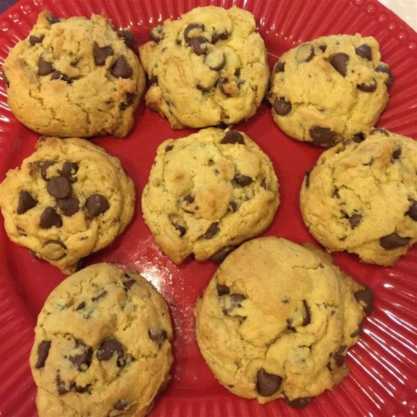 """Easy Chocolate Chip Cookies 