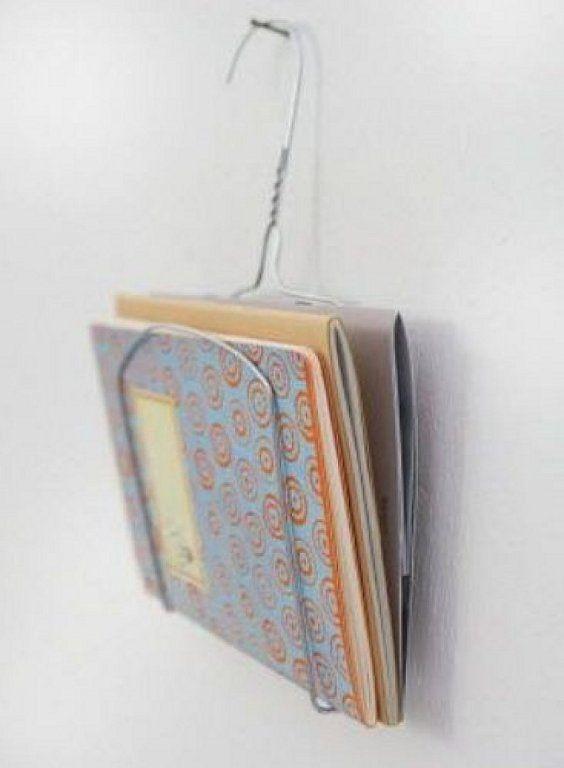M s de 25 ideas incre bles sobre perchas de alambre en for Perchas con ganchos